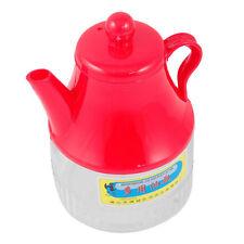 Teekannen aus Kunststoff