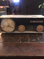 1950s Motorola Tube Clock Radio  57CSA1