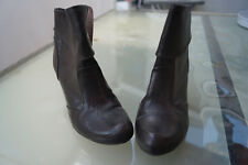 schicke ESPRIT Damen Schuhe Stiefel Stiefeletten Gr.39 dunkelbraun