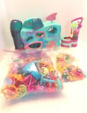 Littlest Pet Shop Teeniest Day care pets and accessories see photos about 250 pc