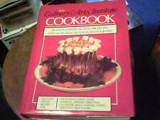 The Culinary Arts Institute Cookbook over 4400 recipes with 550 color pics s11