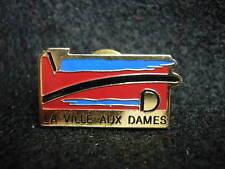 La Ville aux Dames France Hat Lapel Pin HP1824