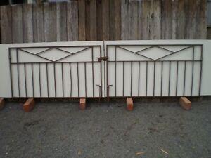 Vintage Wrought Iron Gates x 2  (1377 x 765 )