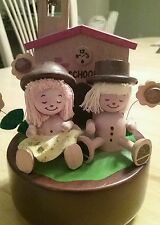 """WOODEN MUSIC BOX """"FRERE JACQUES""""  MUSIC BOX TOY BOY GIRL SCHOOL HOUSE 6"""""""