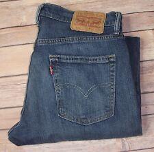 Levis 514 Jeans Straight 32 x 30 Medium Wash Blue Jean