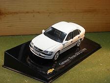Chevrolet Vectra / Vauxhall Vectra Saloon 2.2 GLS 4 Door in White 1/43rd Scale
