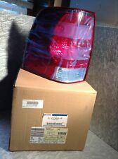 NEW GENUINE FORD EXPEDITION TAIL LIGHT 2L1Z-13405-AB    OEM