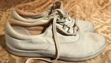 KEDS Women's White Sneakers Size 8 1/2, Tie Lace Closure, Preowned Soft Canvas