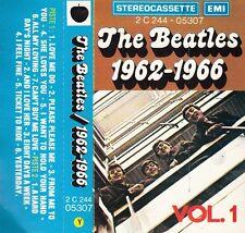 "K 7 AUDIO (TAPE)  THE BEATLES    ""1962-1966"" (RARE AVEC BANDEAU MARRON)"