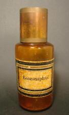 Apothekengefäß BENZONAPTHOL, um 1900 Braunes mundgeblasenes Glas. Metalldeckel.