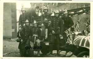 uncaptioned view RP Clitheroe Fire Brigade Coronation Day 1937 RP with names