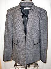 "Women's ""TAHARI"" Black&White Plaid Trench Blazer/Jacket size 6.Super CUTE!"