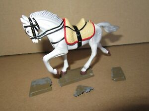 345P Starlux Lead Painted Horse 1er Empire Grey White + Base Incomplete H 7 CM