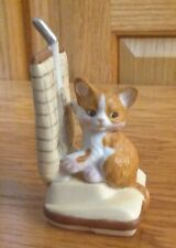 Vintage Enesco Cat On Vacumn Figure