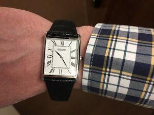 Seiko Men's Wristwatch Black Leather Strap SWR049