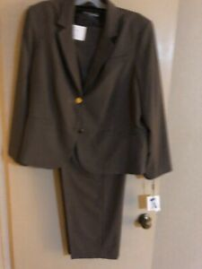 Calvin Klein Polyester Blend Traditional Fit 2 Button Lined Jacket Pant Suit 24W