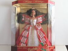 HAPPY HOLIDAYS BARBIE 1997 in mint Condition Brunette Gorgeous Dress