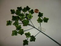 Vintage Green Ivy Velvet Leaves made in Japan