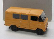 Zuk A-07 Klein Bus ( 1977 ) gelb / Blister 1:43