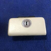 2002 - 2006 TOYOTA CAMRY DASH GLOVE BOX DOOR HANDLE / LATCH FAWN TAN OEM