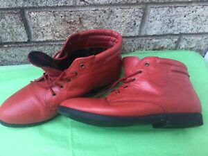 WOMEN'S RED LEATHER DANEXX TULSA ANKLE BOOTS - 8M