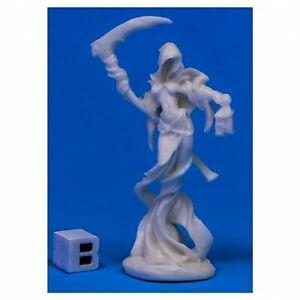 REM77536 Reaper Miniatures Bones: Female Wraith W3