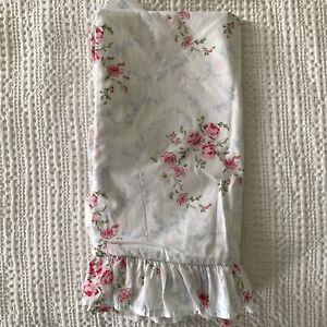 "Rachel Ashwell Shabby Chic Couture Spring Wreath Ruffle Euro Sham 26"" Unused"