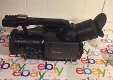 Panasonic AG-DVX100B 3CCD Proline Professional Camcorder 2-XLR Ports 107HR