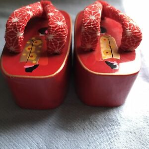 Miniture Red Wooden Asian Sandals Cloth Straps Decor