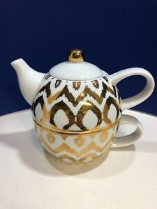 Stackable White & Gold Teapot for One by C. Wonder - Made in China