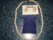 1PEARL NECKLACE & 1 PAIRS OF EARRINGS