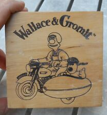 "CLASSIC NEW IN STORAGE "" WALLACE AND GROMIT "" WRISTWATCH BROWN BAND BY WESCO"