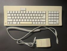 Vintage Apple Extended Keyboard M0116 With Mouse A9M0331