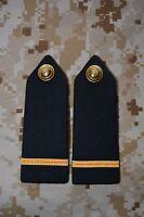 E026 passant pattes d'épaule épaulettes fourreaux insigne militaire armée galon