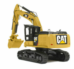 Caterpillar 1/50 CAT TR40003 Tractor 568LL Alloy Diecast Vehicles Thumbs Car Toy