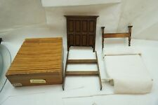 VINTAGE DOLL HOUSE FURNITURE REMINISCENCE BED HEADBOARD FOOTBOARD WOOD 6.5in BOX