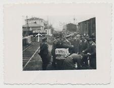 Foto Frankreich Bahnhof-Schild -Soldaten Luftwaffe (2533)