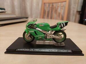 IXO 1/24 Moto GP Kawasaki Ninja Zx7rr zx7 ZX 1999 model Motorcycle Deagostini