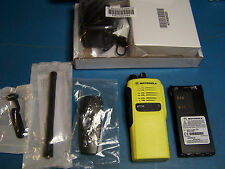 Motorola HT750 VHF 136-174MHz 16 Channel  New In Box Tested Yellow Case