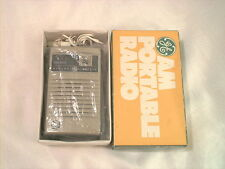 1970s GE P2759 Am Transistor Radio Mint in the original box works great vintage