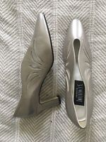 0177fa90feea5 Vintage Taupe Patent Leather Shoes Pointy Toe Spiked Heels 8 Sears ...