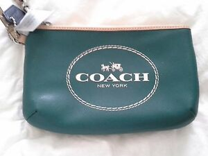 COACH F51788 HORSE AND CARRIAGE LEATHER MEDIUM WRISTLET,LAGOON/TEAL, NWT GIFTBOX