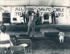 1985 Press Photo Southern Preacher at Big Tent Revival With Band