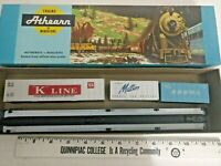 HO scale Athearn  C&O 85' flat car with containers