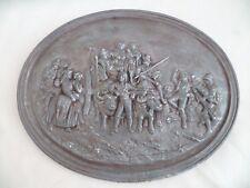 ANCIEN SCÈNE FÊTE PAYSANNE à suspendre ovale en fonte de fer XIXème siècle