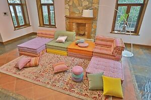 Handmade Customized Modular Sectional French tufted Day bed Sofa Couch Mat Piece