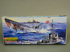 SKY WAVE 1/700 IJN ESCORT SUBMARINE VS. USN GATO CLASS Model Ship  Kit #L4