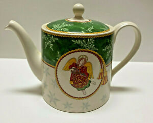 Wedgwood Winter Festival Teapot with Lid made in England 1998