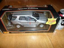 1997 MERCEDES-BENZ ML 320 SUV, SILVER, Die Cast Metal Model Toy SUV, SCALE: 1/18