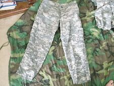 US  ARMY ACU PANTS  SIZE MEDIUM - X SHORT